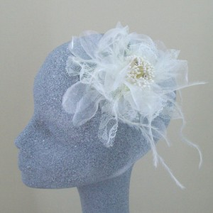 Cream Fascinator Tilly - FAS077