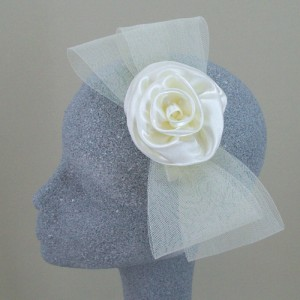 Cream Fascinator Vicky - FAS044