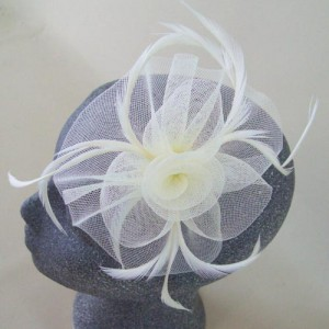 Cream Fascinator Alexandra - FAS250
