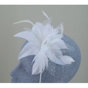 Ivory Fascinator Margherita - FAS038