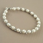 Pearl and Diamante Bracelet - BRA004