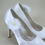 Bridal Shoe Clips Cream Flower and Pearl - BSC003